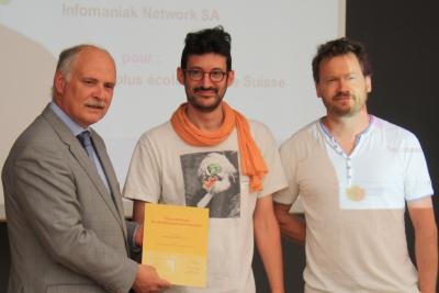 Infomaniak reçoit le Prix du développement durable